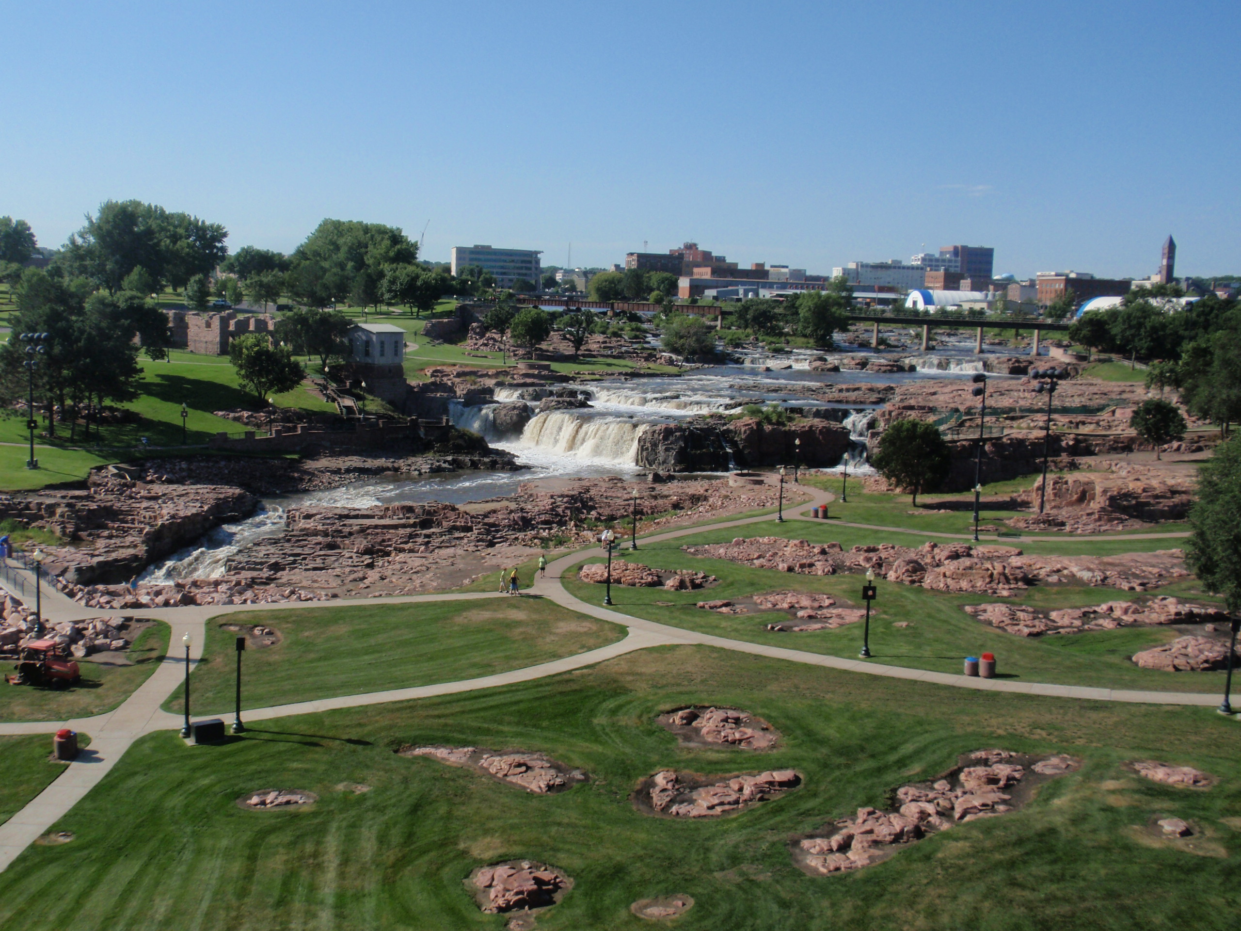 Landscaping Rock Yankton Sd : Jellystone park sioux falls sd paint your landscape