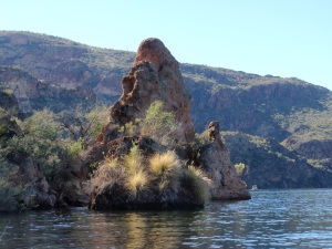 Kayaking on Saguaro Lake