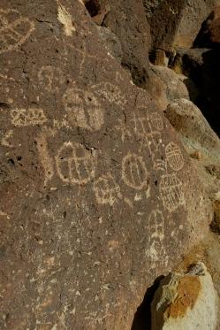 chidago canyon petroglyphs