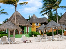 Wind-swept beach resort ~ La Playa del Carmen