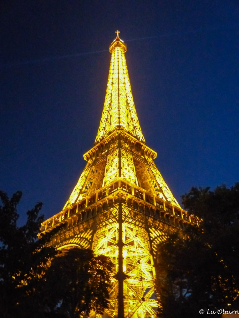 Night view of the Eiffel